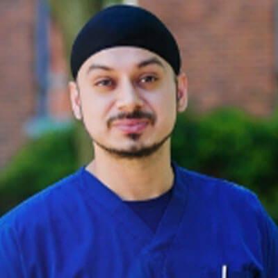 Dr. Sur Siman Aurora working at Archstone Dental & Orthodontics